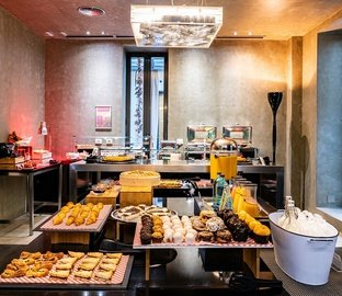 Buffet breakfast Vincci Soho  Madrid